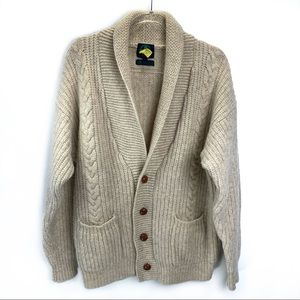 Oversized chunky knit 100% wool sweater